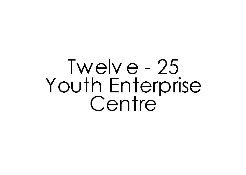 اثنا عشر - 25 مركز مشاريع الشباب